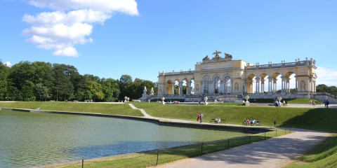 Vienna Palazzo di Schonbrunn Traveltik