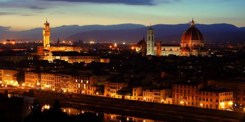 Panorama Firenze al tramonto da piazzale michelangelo