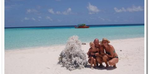 Bambini alle Maldive