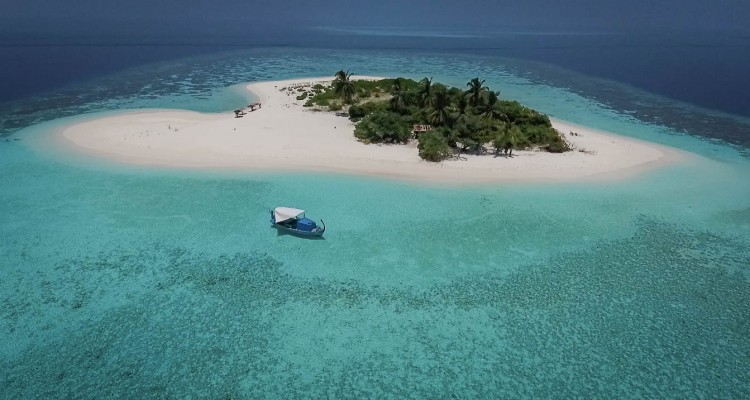 Escursione da Gaadiffushi con Maldive Alternative