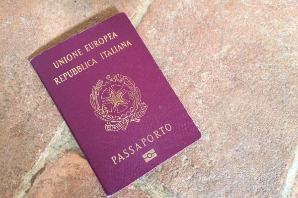 passaporto rinnovo documenti